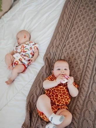 с футболкой и трусами Жирафы Vikki Kids