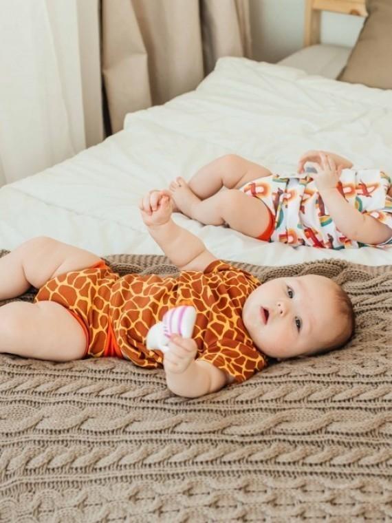 Костюм для новорожденных с футболкой и трусами жирафы Vikki Kids