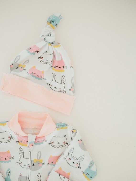Шапка узелок хлопковая розовые зайки Vikki Kids